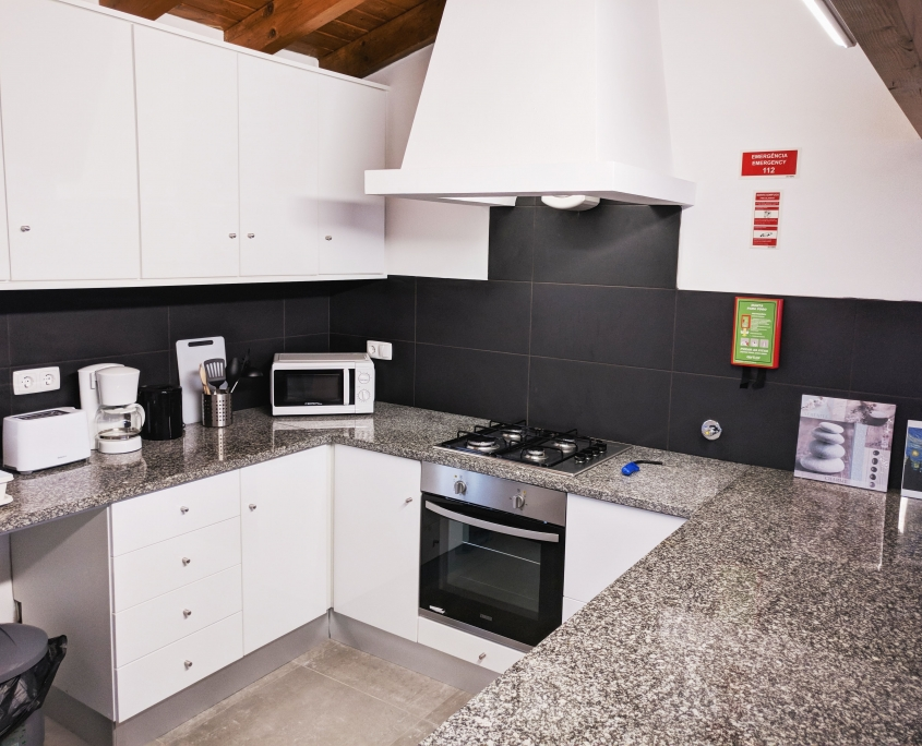 Casa Pompona - Klassisches Ferienhaus in Rogil 5