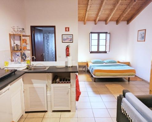 Studio Apartment 2 3
